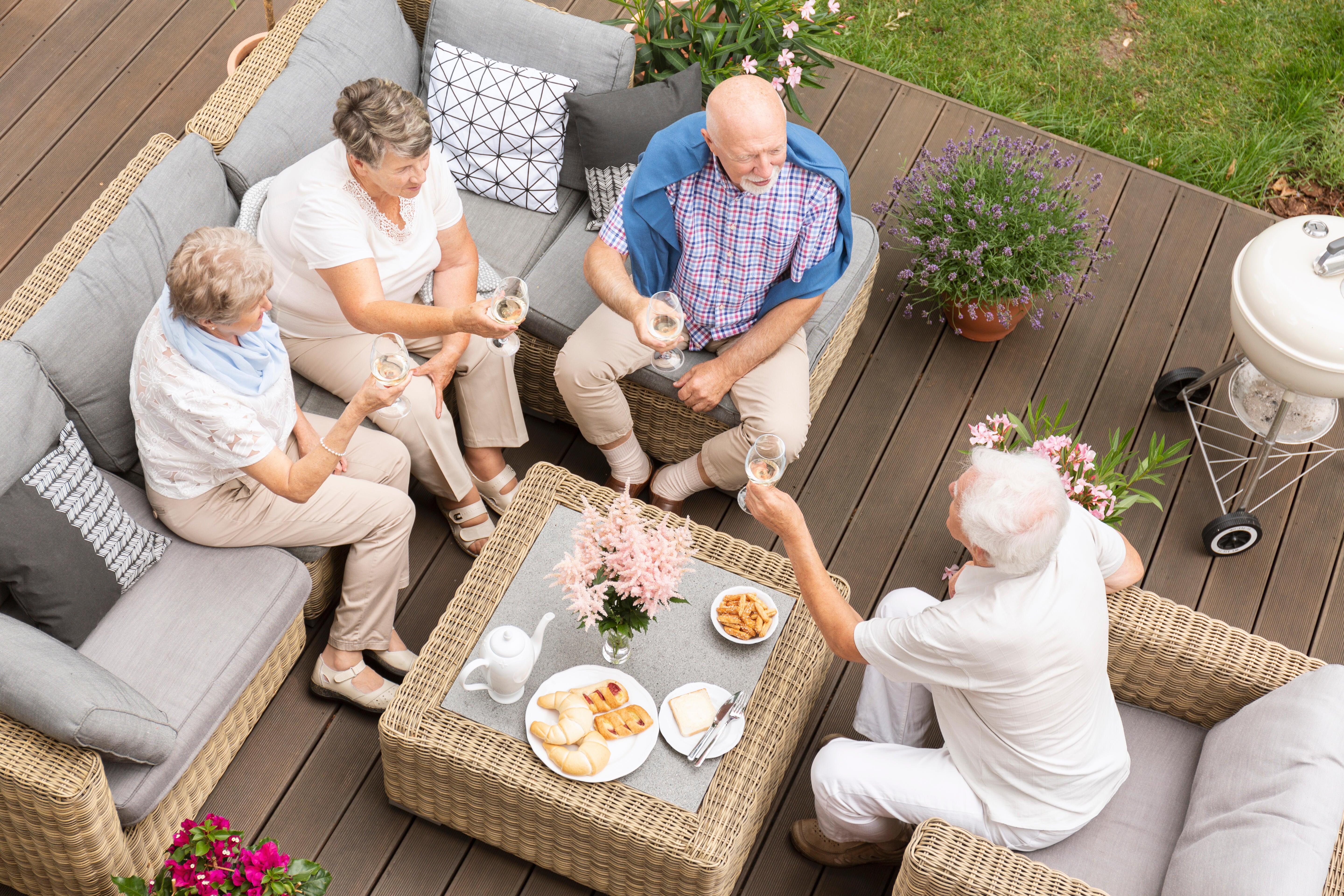 Enjoy The Outdoors With Great Garden Furniture Sets Patio Furniture Buying Guide
